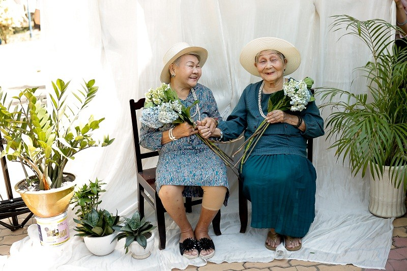 Ngắm các cụ bà ở viện dưỡng lão trình diễn thời trang - ảnh 3
