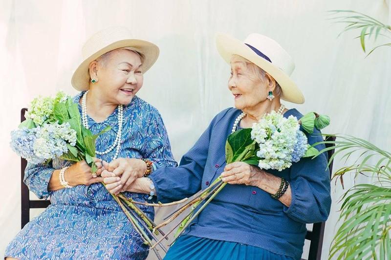Ngắm các cụ bà ở viện dưỡng lão trình diễn thời trang - ảnh 16