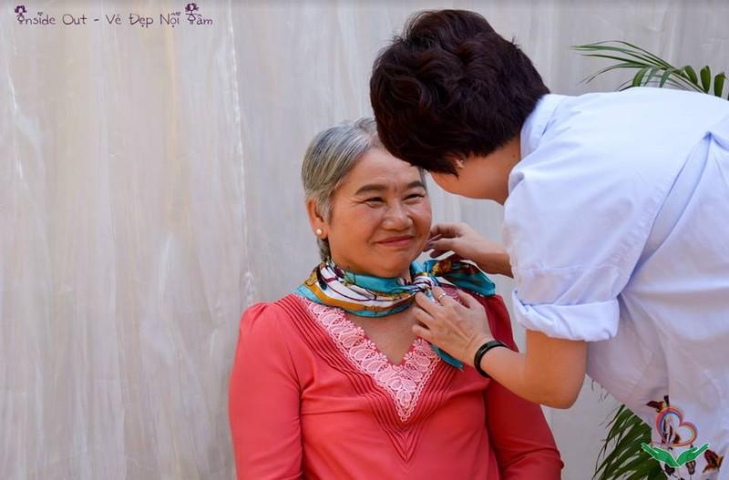 Ngắm các cụ bà ở viện dưỡng lão trình diễn thời trang - ảnh 4