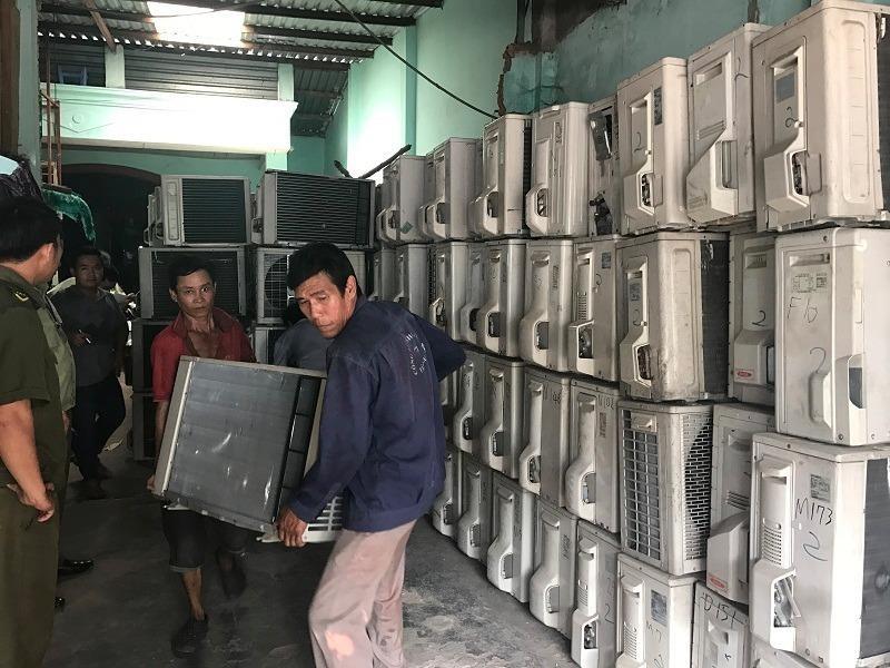 ố hàng này là hàng đã qua sử dụng, hàng cấm nhập có xuất xứ từ Trung Quốc và Nhật Bản.