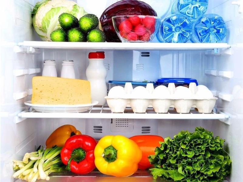 Vì sao không nên trữ đồ ăn trong ngày Tết? - ảnh 1