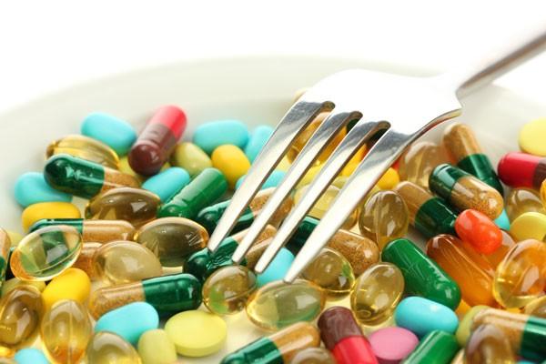 Thực phẩm chức năng làm tăng khả năng mắc ung thư? - ảnh 1