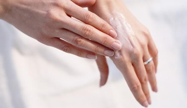 7 nguyên nhân khiến bàn tay trông 'già nua' - ảnh 1