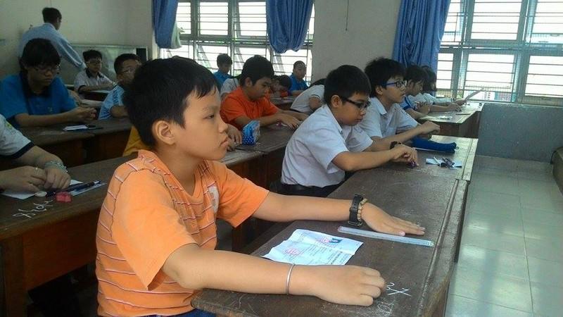 Hơn 4.400 học sinh bắt đầu dự tuyển vào lớp 6 Trần Đại Nghĩa - ảnh 5
