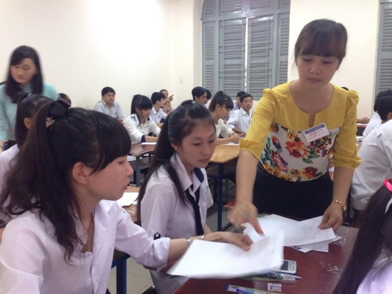 Thứ trưởng Bùi Văn Ga: Sẽ hỗ trợ hết mức để thí sinh yên tâm thi tốt! - ảnh 2