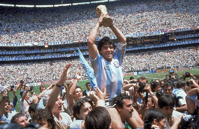 Messi được đưa lên 'cân' với Maradona - ảnh 2