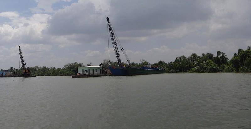 Cát tặc làm thay đổi cả thủy lực sông Sài Gòn - ảnh 1