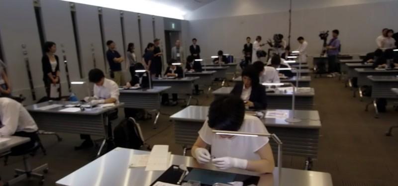 Kiểm tra tay nghề sinh viên y khoa bằng cuộc thi xếp giấy origami - ảnh 1