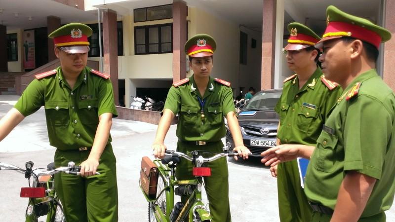 Chính thức ra mắt xe đạp đi tuần của Công an Hà Nội - ảnh 1