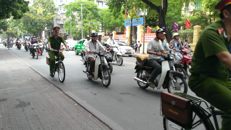 Chính thức ra mắt xe đạp đi tuần của Công an Hà Nội - ảnh 3