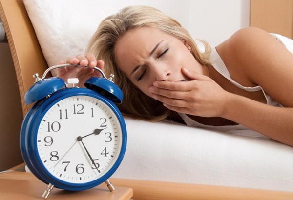 Đi ngủ muộn có thể làm tăng cân? - ảnh 1