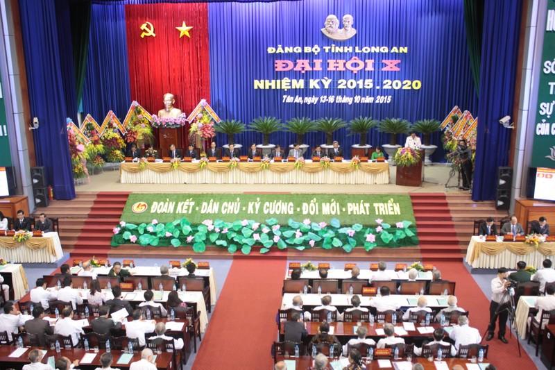 Khai mạc Đại hội Đảng bộ tỉnh Long An lần thứ X - ảnh 1