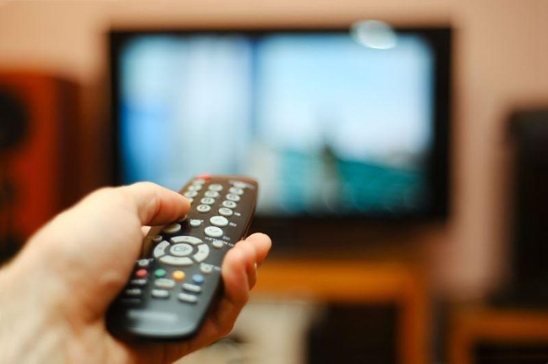 Xem tivi làm tăng nguy cơ tử vong, tự tử - ảnh 1