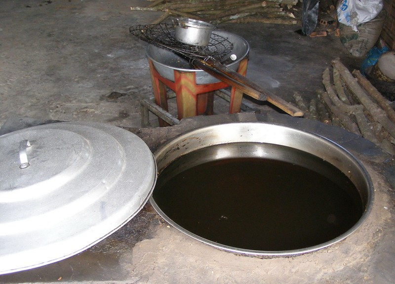 Cận cảnh 'công nghệ' sản xuất cơm cháy chà bông - ảnh 3