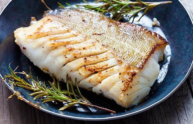 Các loại thực phẩm không nên nấu bằng nồi, chảo sắt - ảnh 1