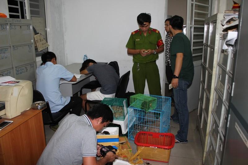Chủ 'Vương quốc thú cưng' ở Sài Gòn bị bắt quả tang - ảnh 2