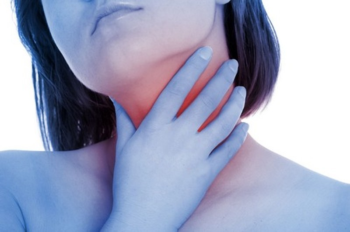 3 dấu hiệu sớm của ung thư vòm họng - ảnh 1