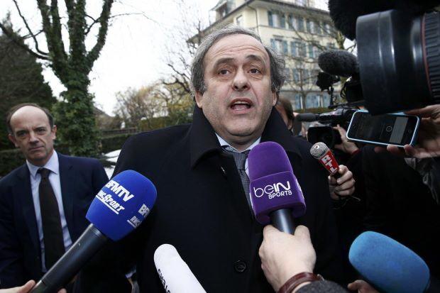 Blatter điều trần trước FIFA, Platini nói không thèm đến - ảnh 1