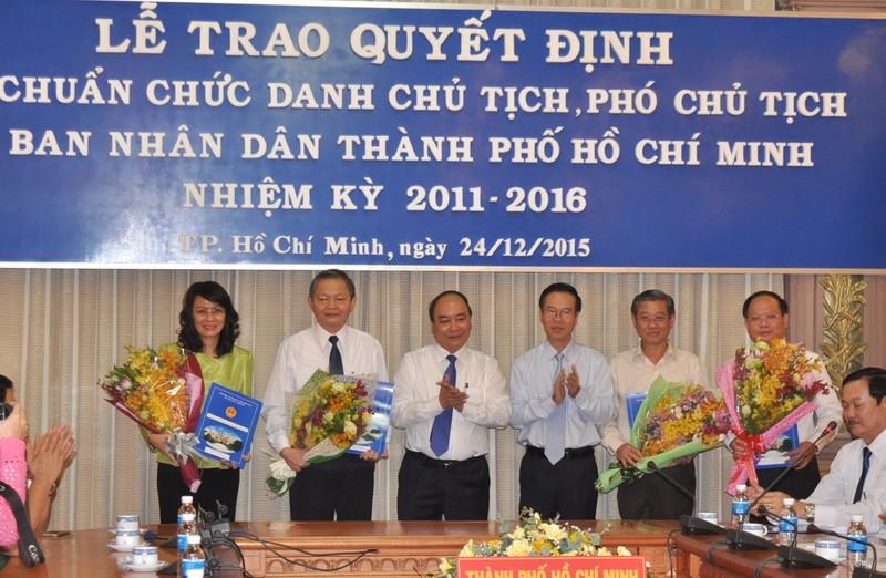 Phó Thủ tướng trao quyết định phê chuẩn nhân sự mới tại TP.HCM  - ảnh 5
