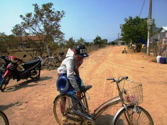 Đem nước sạch về vùng hạn Ninh Thuận - ảnh 4