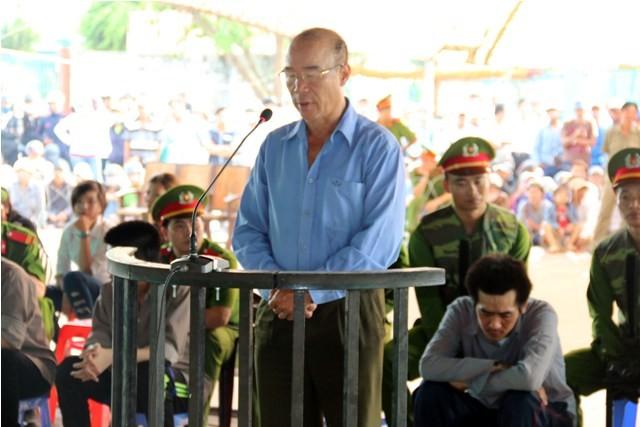 'Trùm giang hồ' giết hai người ở Phú Quốc đã biết… khóc - ảnh 2