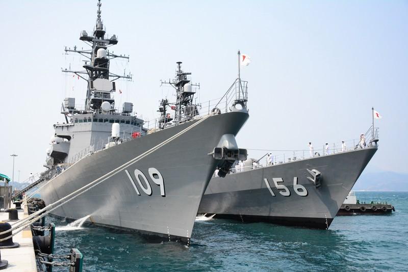 Đón 2 tàu hộ vệ của Nhật Bản thăm cảng Cam Ranh - ảnh 1