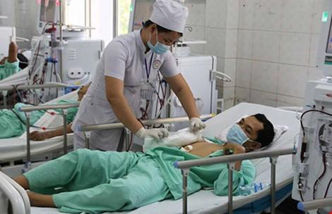 Bộ trưởng y tế chỉ đạo hỗ trợ ghép thận cho nhà báo Hữu Bằng - ảnh 1