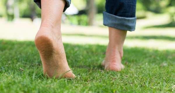 Chạy chân đất giúp tăng cường trí nhớ - ảnh 1