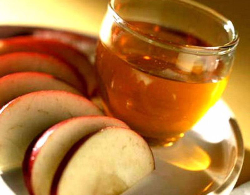 Giấm táo cung cấp thêm chất kiềm cho cơ thể, hỗ trợ tiêu hóa.