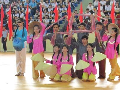 Gần 600 học sinh khuyết tật toàn quốc thi thể thao - ảnh 3