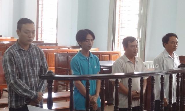 Các bị cáo Sơn, Sang, Liêm, Giang tại phiên tòa phúc thẩm
