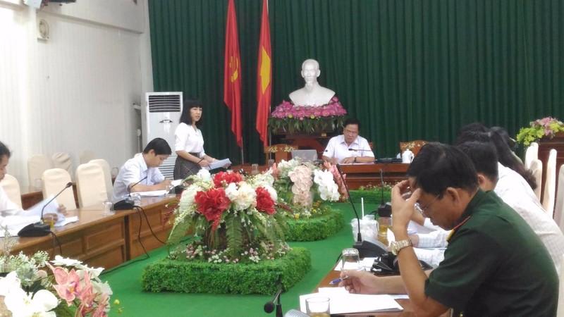 Quang cảnh buổi góp ý dự thảo Luật Cảnh vệ tại đoàn ĐBQH TP Cần Thơ ngày 12-10. Ảnh:N.NAM