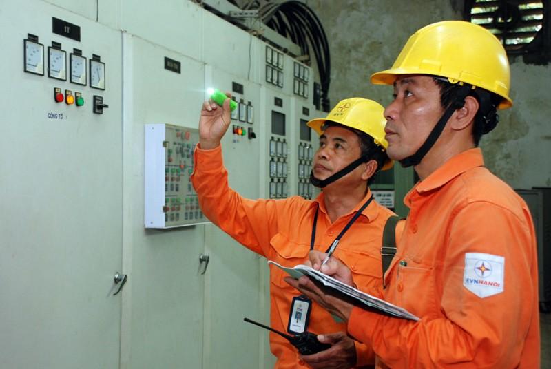 Điện lực TP.HCM làm hệ thống điện cho nhà ở xã hội - ảnh 1