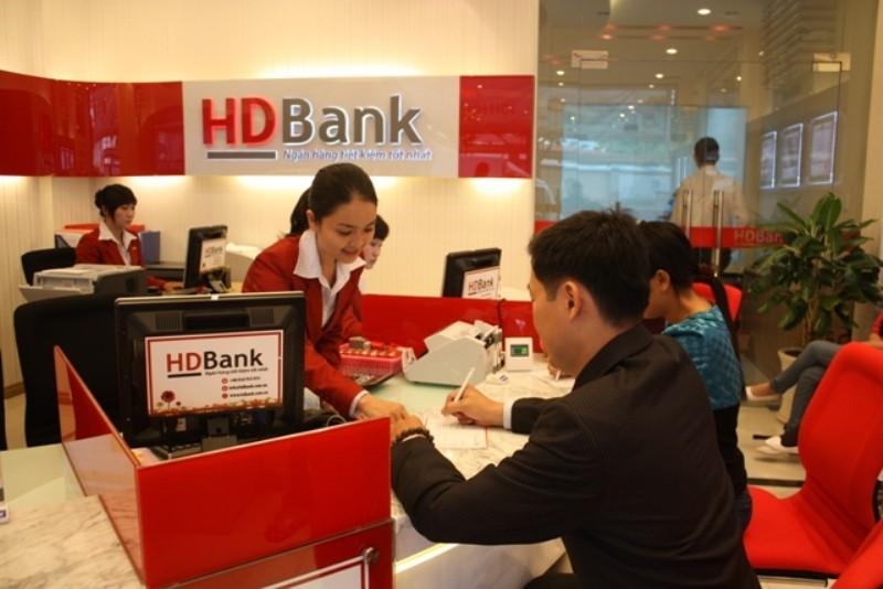 Buộc lãnh đạo cũ Eximbank trả lại 80 tỷ tiền thù lao - ảnh 1