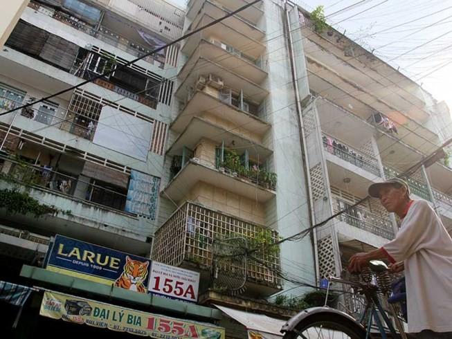 Bác xây căn hộ siêu nhỏ vì sợ ổ chuột trên cao - ảnh 1