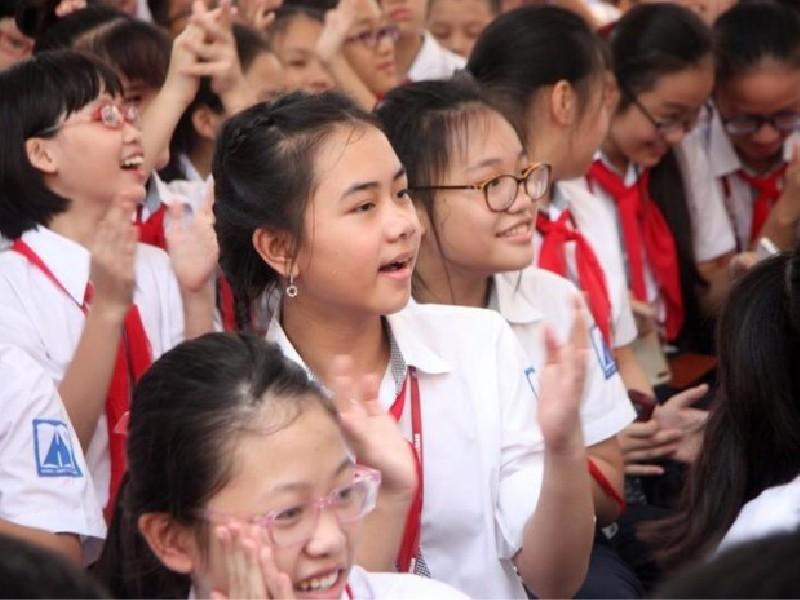 Chương trình giáo dục phổ thông mới: Giảm mạnh tiết học - ảnh 1