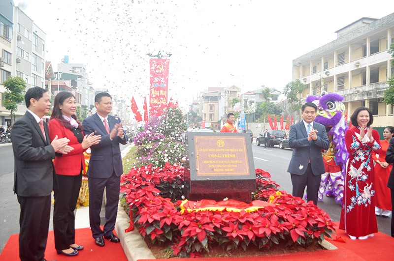 Khánh thành tuyến đường huyết mạch của quận Long Biên - ảnh 1