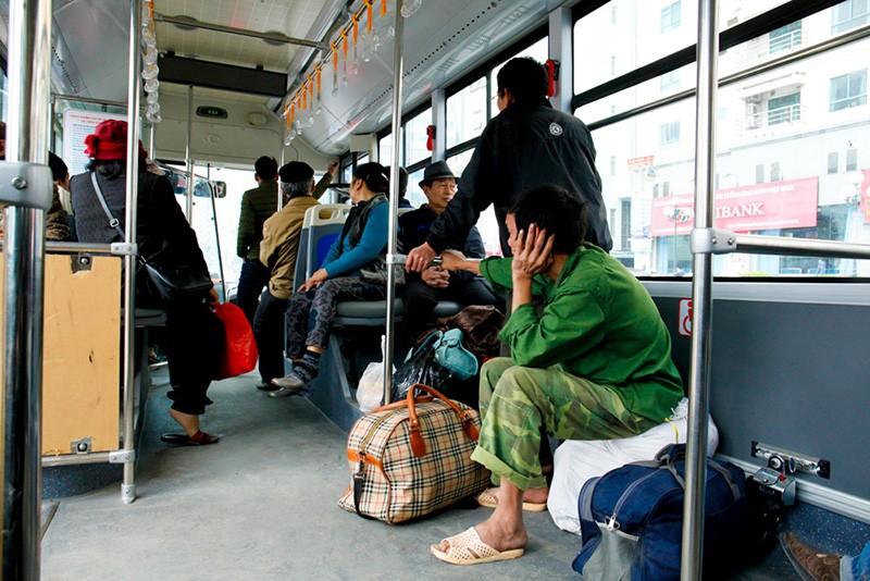 Buýt nhanh BRT chính thức thu phí 7000 đồng/lượt - ảnh 2