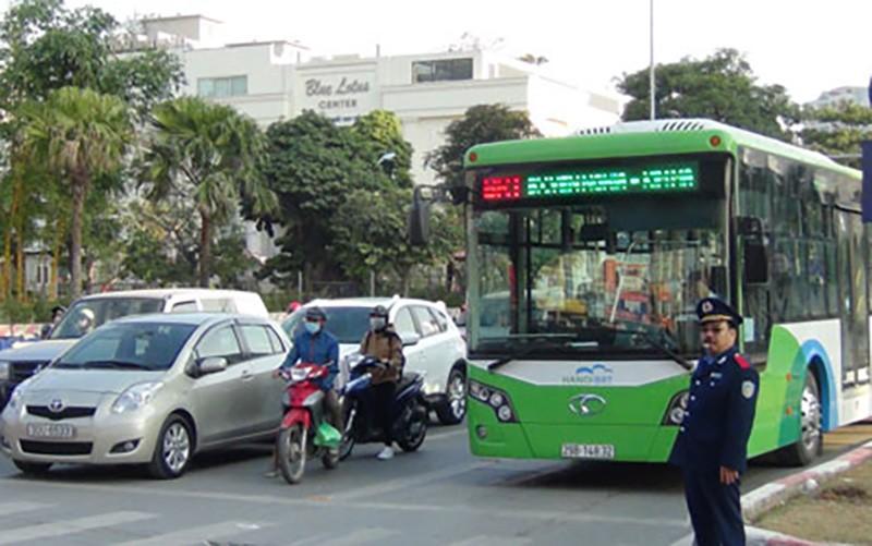 Buýt nhanh BRT chính thức thu phí 7000 đồng/lượt - ảnh 1