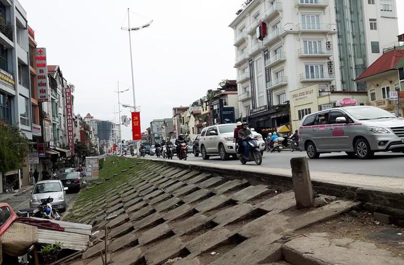 Hà Nội đề xuất hạ đê sông Hồng mở đường giao thông - ảnh 1