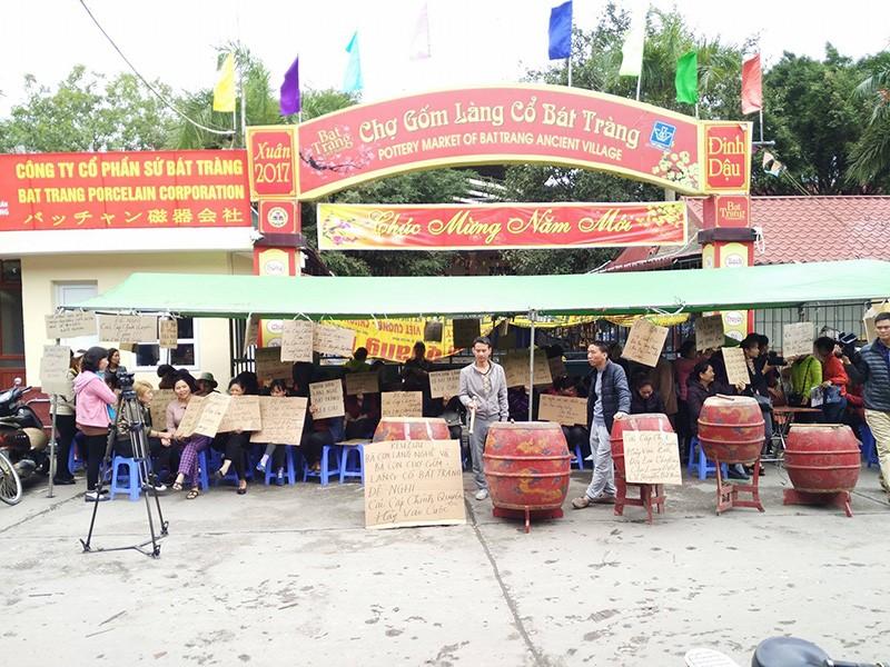 Chính quyền tổ chức họp kín vụ đóng cửa chợ Bát Tràng - ảnh 2