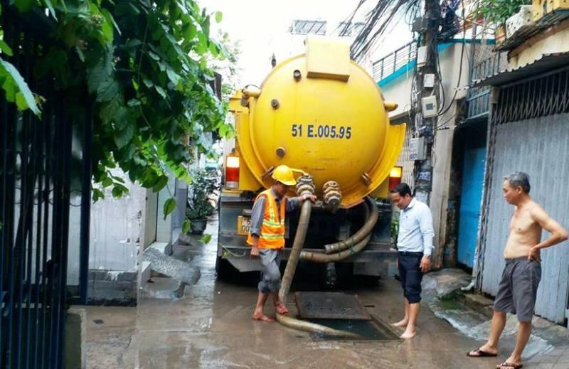 Muốn xe hút nước cứu đường ngập nặng nhất Sài Gòn - ảnh 2