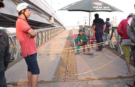 Tìm thấy thi thể cô gái rơi xuống cầu tạm - ảnh 1