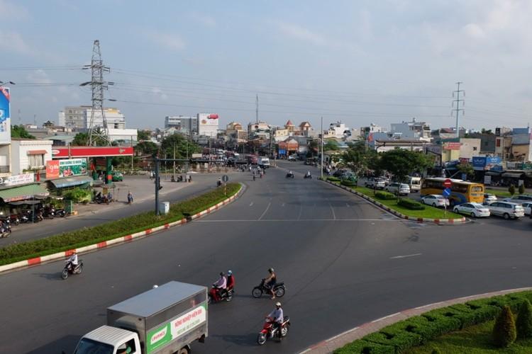 Đường Sài Gòn dễ thở trong ngày đầu tiên đi làm  - ảnh 1