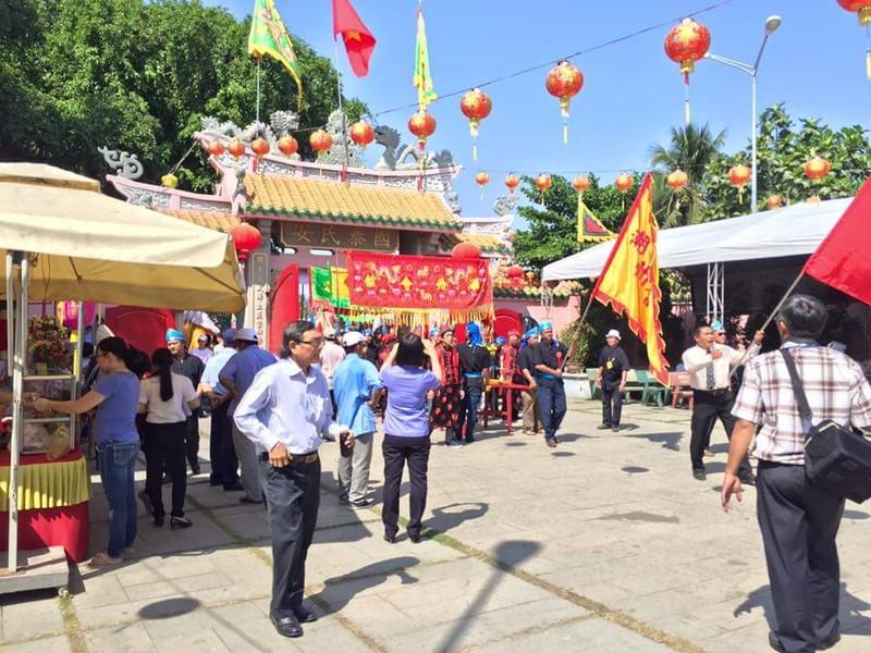 Hàng ngàn người dân dự hội chùa Ông Cù Lao Phố - ảnh 8