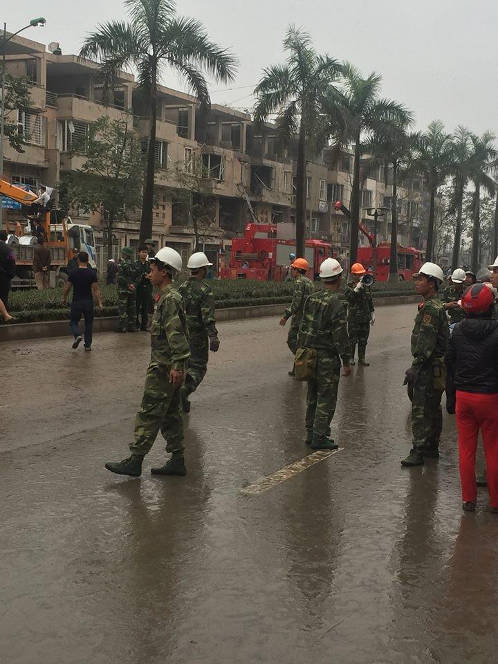 Chùm ảnh hiện trường vụ nổ kinh hoàng ở Văn Phú - Hà Đông - ảnh 5