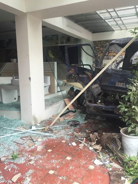 Chùm ảnh hiện trường vụ nổ kinh hoàng ở Văn Phú - Hà Đông - ảnh 12
