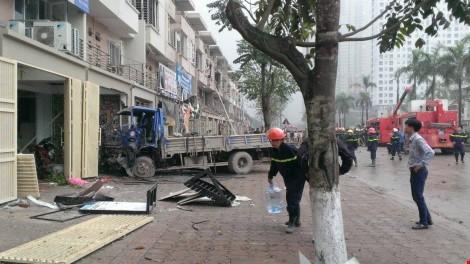 Chùm ảnh hiện trường vụ nổ kinh hoàng ở Văn Phú - Hà Đông - ảnh 4