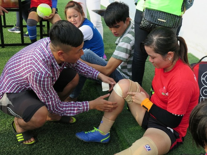 Vui nhộn giải bóng đá nữ công nhân viên chức - ảnh 12