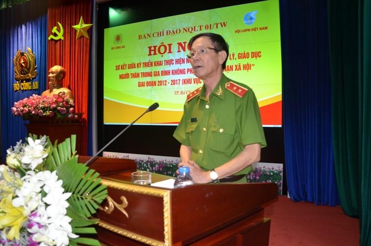 Tướng công an chia sẻ về nạn phụ nữ sang Campuchia đánh bạc - ảnh 1